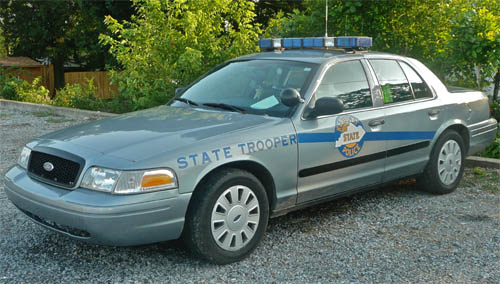 further S likewise Ford Focus Titanium Sedan Grille L together with Ford Crown Victoria Lx together with Car A C Fd. on 2000 crown victoria